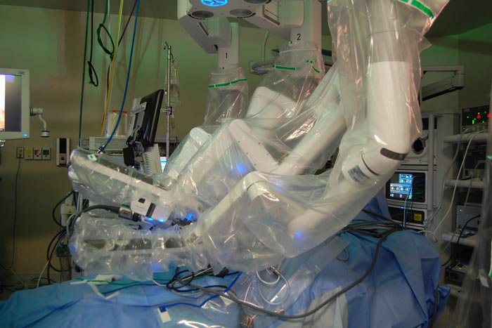 Robotic Bariatric Surgery for the Win